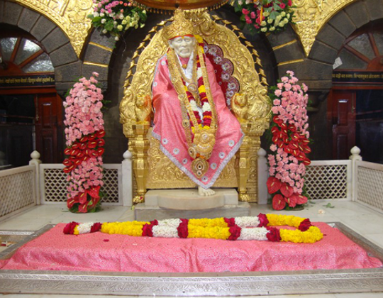 pune to shirdi tour package